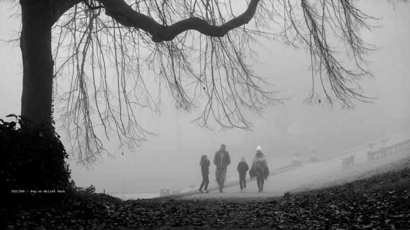 UK Weather: Foggy start for Preston Park Runners